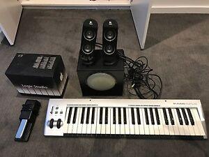 Logic Studio M Audio Keyboard Roland Pedal Logitech X230 Southbank Melbourne City Preview