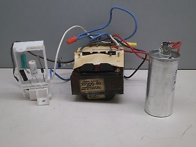 GE 217205-80 Lamp Post Light Fixture Ballast 70W High Pressure Sodium S62 120V ()
