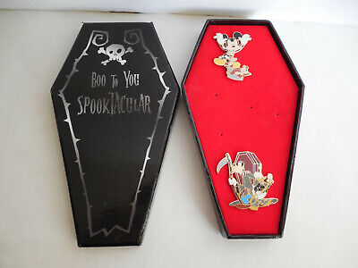 Halloween Mystery Boxes (Disney Boo to You Spooktacular Mystery Boxed Set Mickey & Goofy Halloween)
