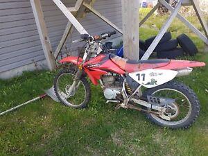 2005 CRF100