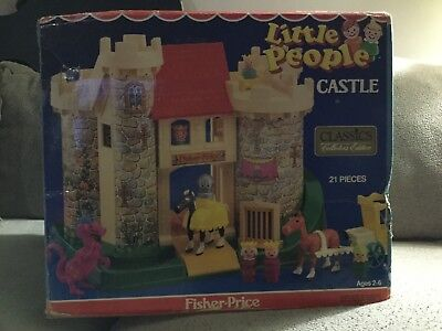 Vintage FISHER PRICE Little People Play Family CASTLE 993  NEW