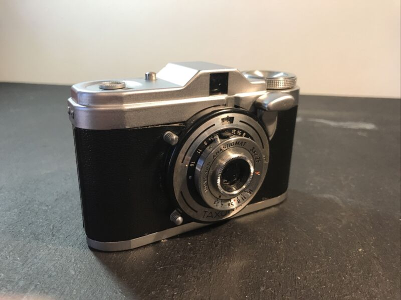 Zeiss Ikon Taxona!! Excellent Condition
