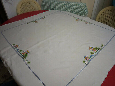 Vintage Linen Tablecloth With Chinese Embroidery