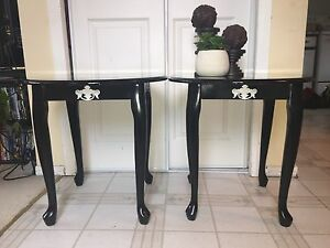 Perfect semi-gloss black side end tables