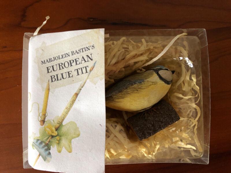 MARJOLEIN BASTIN Birds at My Window EUROPEAN BLUE TIT WITH BOX