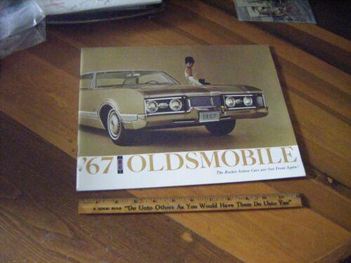 1967 Oldsmobile  Deluxe  Dealer Salesman Dealership Brochure