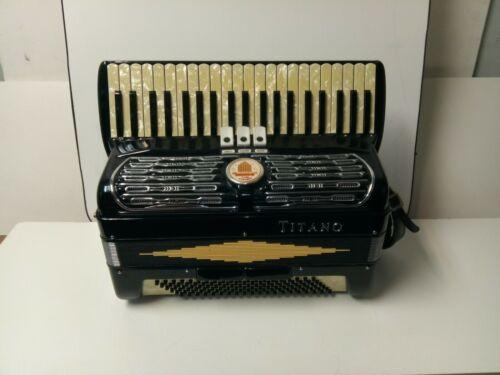Vintage Titano Ideal 120/41 Intermediate-Size Piano Accordion Made In Italy/Case