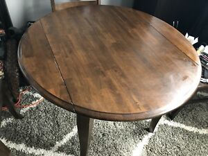 Great condition wood dining Table only