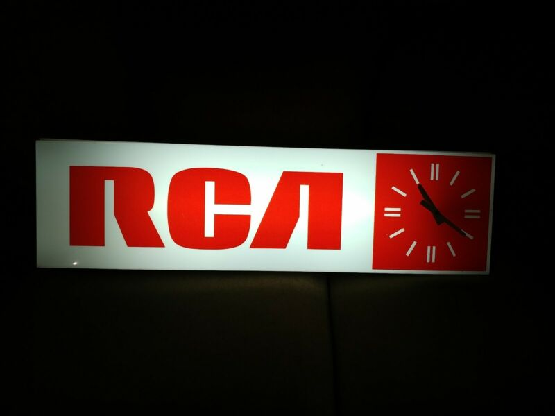 Vintage   RCA  Lighted Clock Indoor Store Display Sign Advertisement