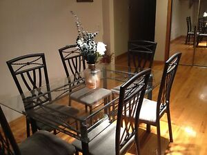 Glass top 6 person(s) dining table