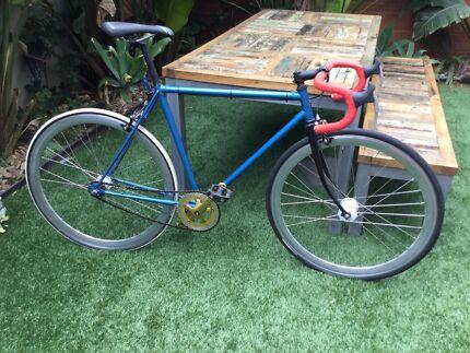 Men's fixie bike Port Melbourne Port Phillip Preview