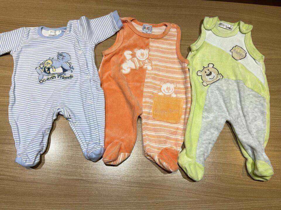 verschiedene Babykleidung Mädchen / Jungen Gr. 50 in Kr. Altötting - Burgkirchen