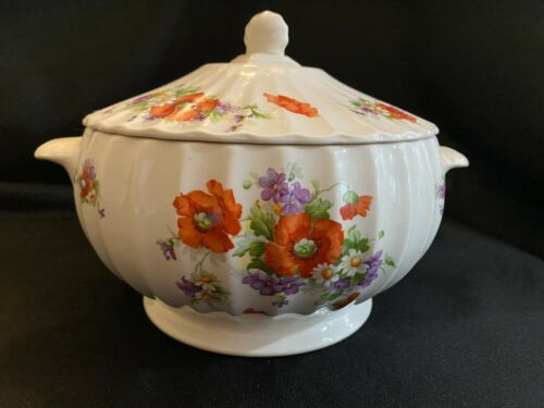 Soup Tureen Hull Red Riding Hood Poppy Decal Pottery 1940