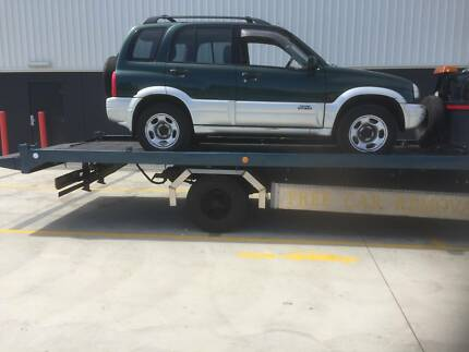 TOWING SERVICE FOR CARS, VANS, UTES ,FORKLIFTS