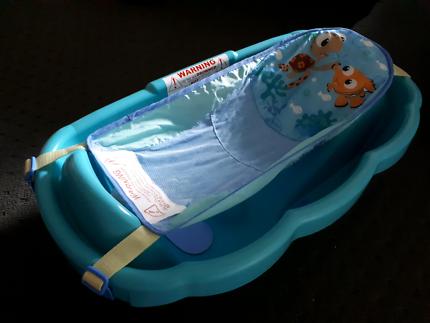 Baby bath - great condn