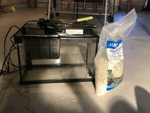 10 Gallon Fish Tank + 10kg of gravel + many other accessories!