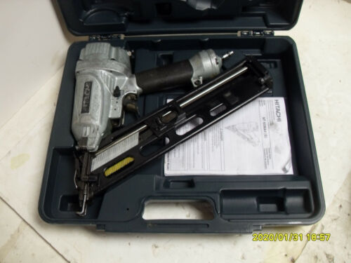 Hitachi NT65MA4(S) 15-Gauge Angled Finish Nailer  Works great!!