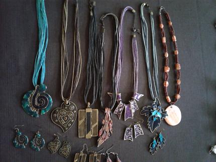 Bundle of Jewellery  $10