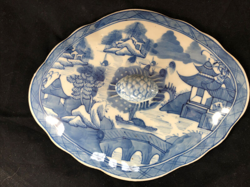 """Antique Chinese Export Blue White Canton 9.5"""" Porcelain Diamond Shaped Lid Only"""