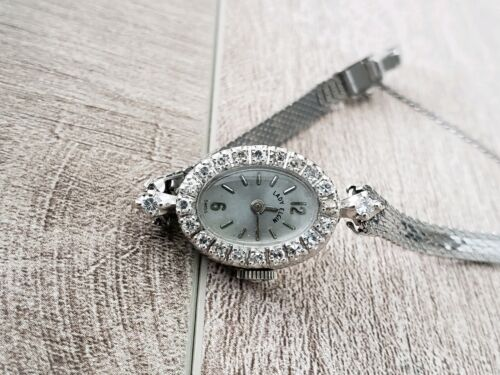 Lady ELGIN vintage 14k White Gold Watch with Diamonds - Works!