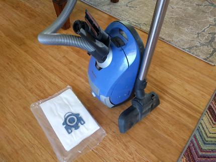 Miele C1 compact bag vacuum cleaner