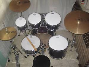 6 pce Mapex M-Series Birch/Maple Drum Kit w/Hardware -As New- Coburg Moreland Area Preview