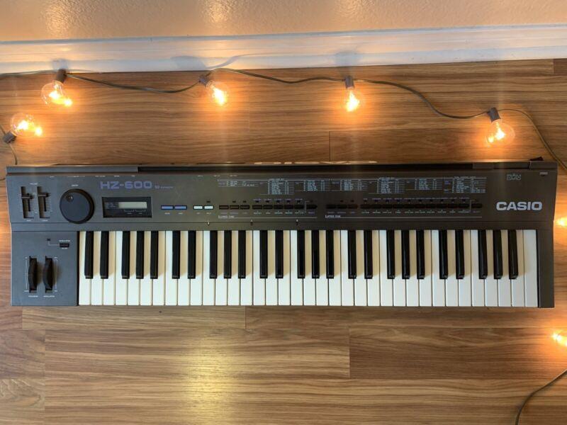 Vintage 1987 Casio HZ-600 Phase-distortion Synthesizer - Excellent Condition