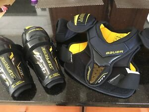 Bauer supreme mx3 chest protector and knee pads