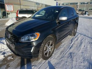 2015 Volvo XC60 T6 AWD Platinum R- Certified Pre-Owned Warranty!