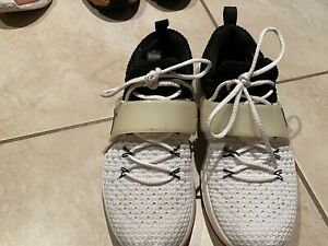 Air Jordan runners