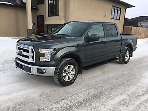 "2015 Ford F-150 XLT ONLY 17000 kms!!  ""Financing Available""!"