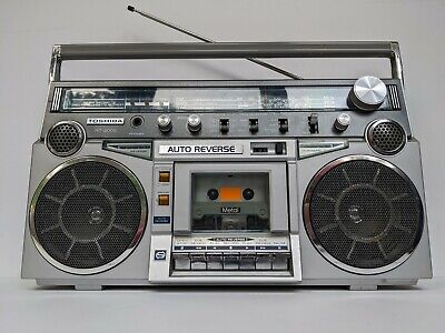 Vintage Toshiba RT-200S Boombox Stereo Cassette Player AM/FM Radio Super Clean