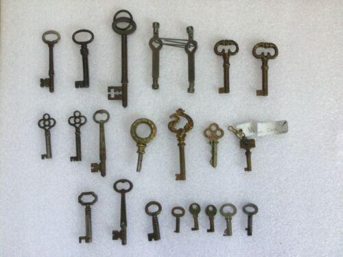 Antique/Vintage Skeleton Keys Collection (Lot of 22)