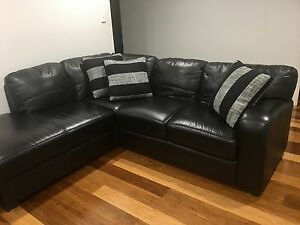 Comfortable Genuine leather sofa Macquarie Links Campbelltown Area Preview