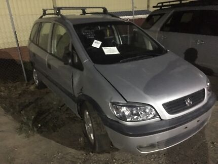 Wrecking 2003 holden Zafira Kangaroo Flat Bendigo City Preview
