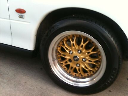 Wheels to suit commodore
