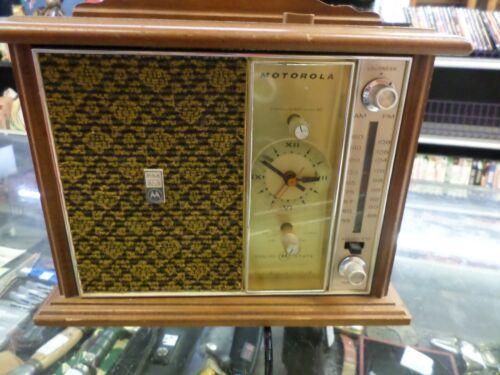 Motorola AM/FM Radio