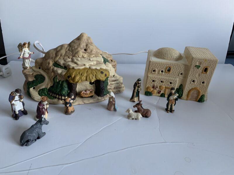 Fine Ceramic Town of Bethlehem Lite Set