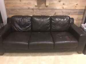 Leather sofa and love seat - great for college apartment!
