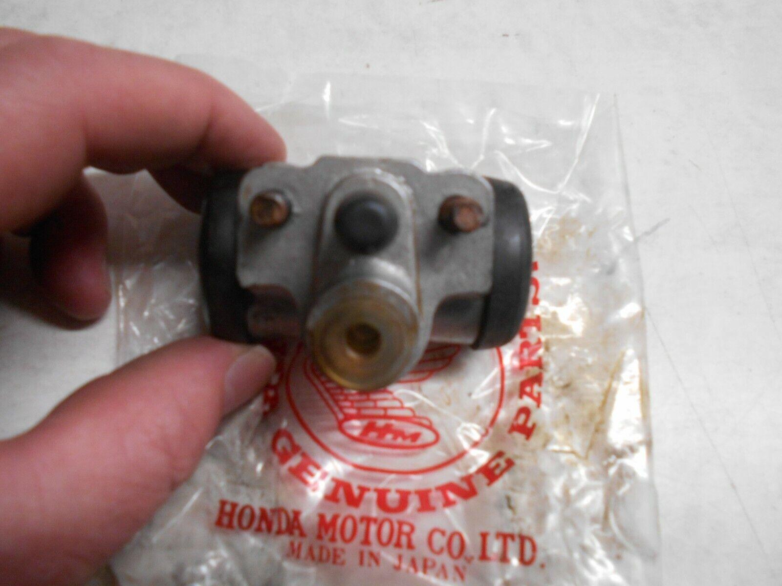 Car Parts - GENUINE HONDA CAR PARTS WHEEL CYLINDER ASSEMBLY N360 LIFE KT KQ KU 45300-611-003