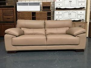 3 SEATER SOFA IN GENUINE CREAM  LEATHER Leumeah Campbelltown Area Preview