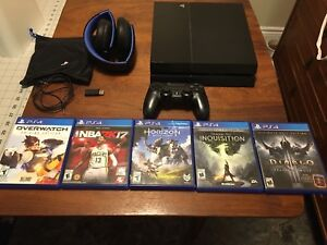 PS4 with 5 games and PS Gold Headset
