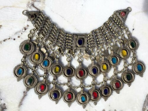 BEAIUTIFUL ANTIQUE CHINESE TIBET CHOCKER NECKLACE WITH LOW% SILVER & GLASS