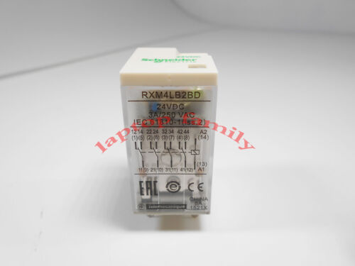 1PC Schneider RXM2LB2BD Telemecanique Relay DC24V 5A New