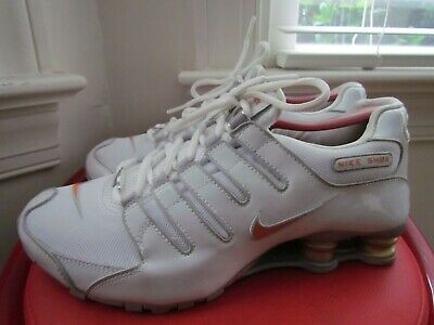NIKE SHOX NZ PREMIUM LEATHER/TEXTILE  WOMEN'S RUNNING SHOES SIZE 9