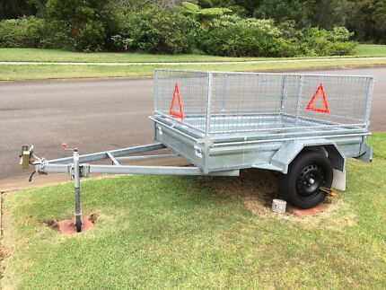 Trailer, 8x5, as new, galvanised, with cage & spare wheel.