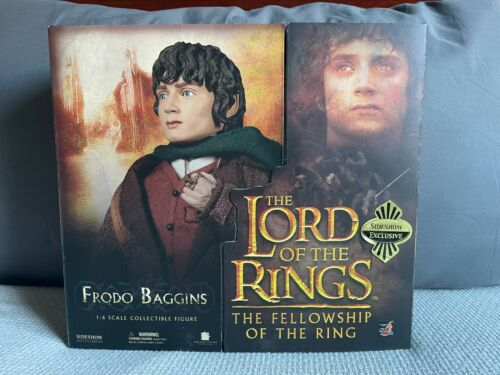 Sideshow Collectibles - Lord of the Rings Frodo Baggins Exclusive Figure