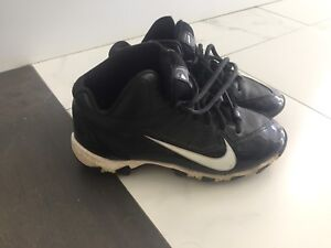 Size 3Y football cleats