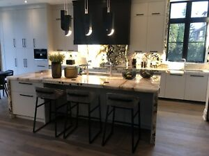 Quartz Kitchen Countertop from  30 $  sq/ft  with material
