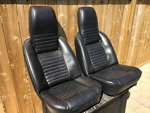 Folding 1969 Triumph TR 6 seats